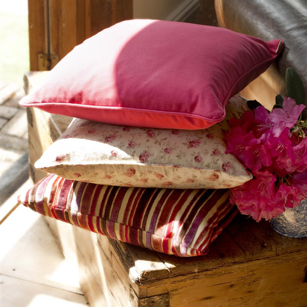 hand-made-Cushions-red