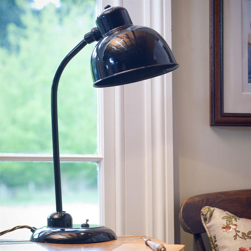 gloss-black-desk-lamp