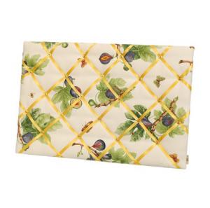 handmade-fabric-pin-board-fig-pattern