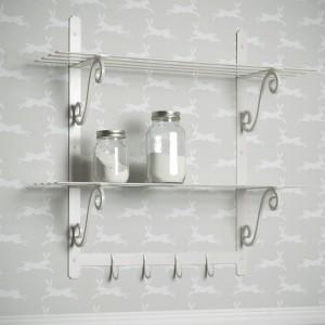 clay-iron-kitchen-shelves