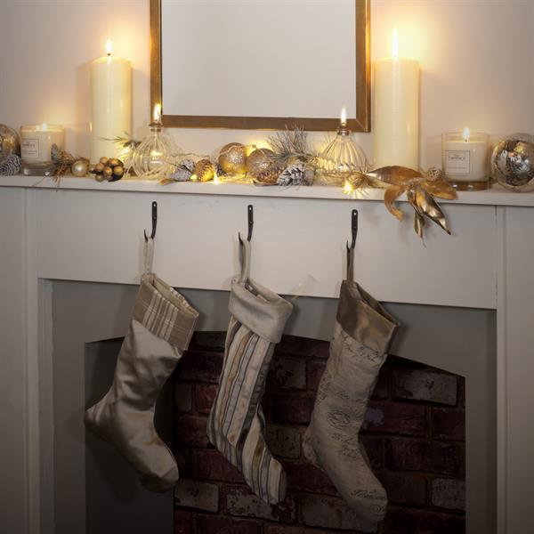 handmade-gold-linen-christma