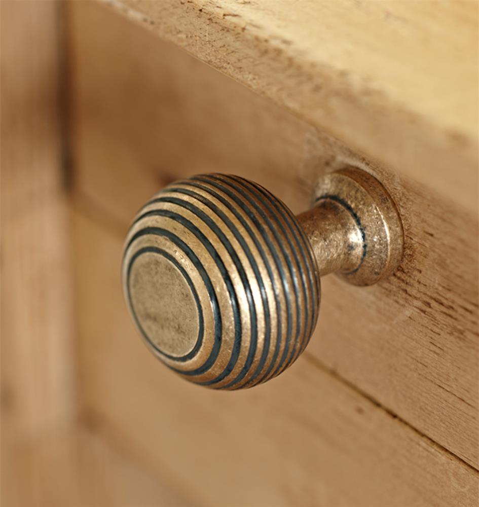 Brass-antiqued-handle-cupboard